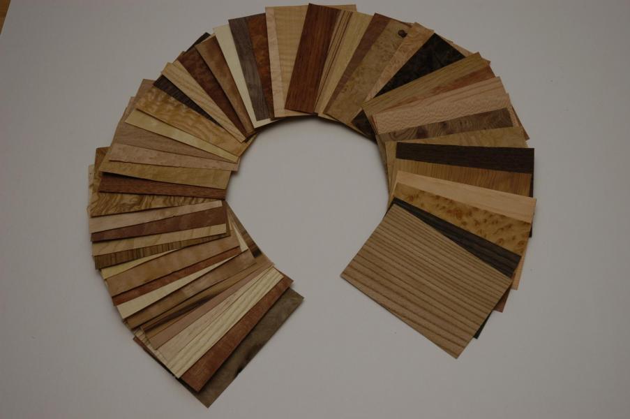 488 Placage bois