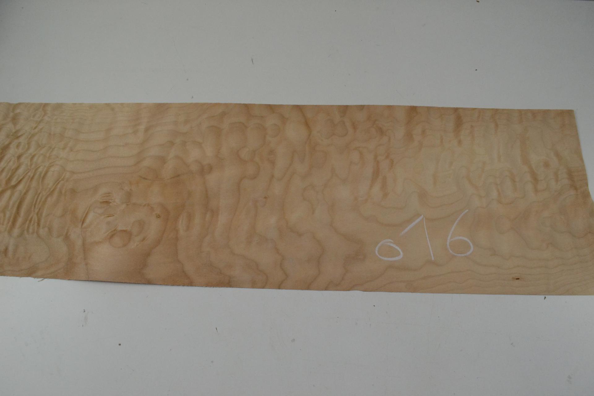 016 placage feuille de bois erable pommele 1