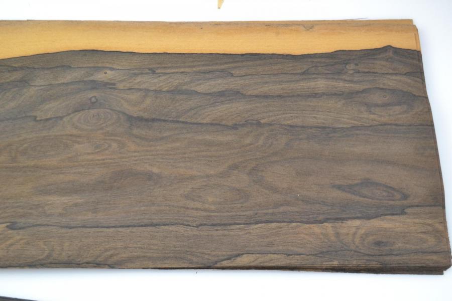062 placage feuille de bois marqueterie ziricotte 3