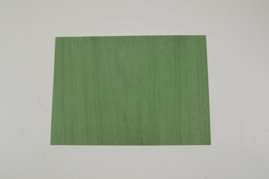 229 placage tulipier vert 1