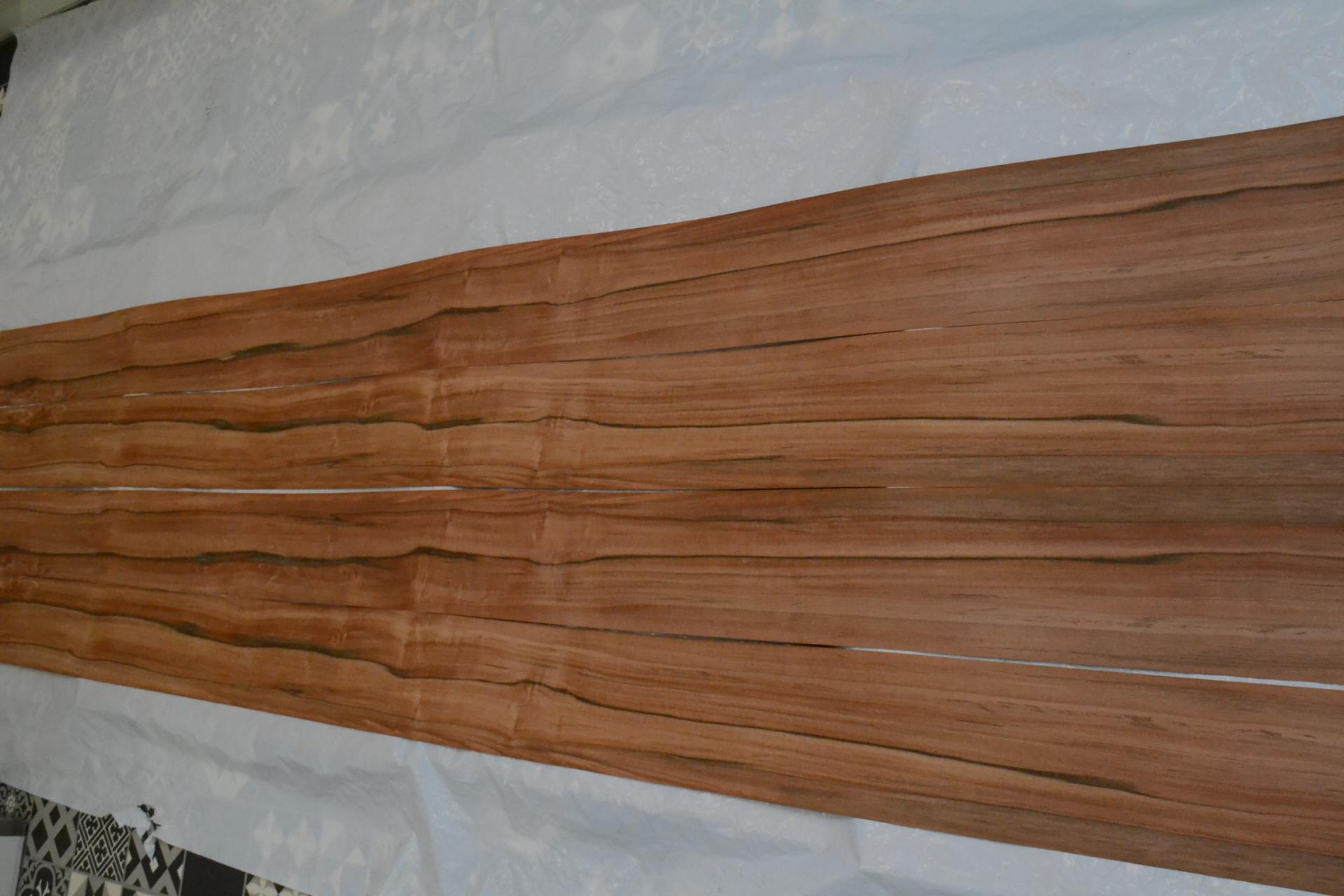 270 tineo placage bois feuille marqueterie 1