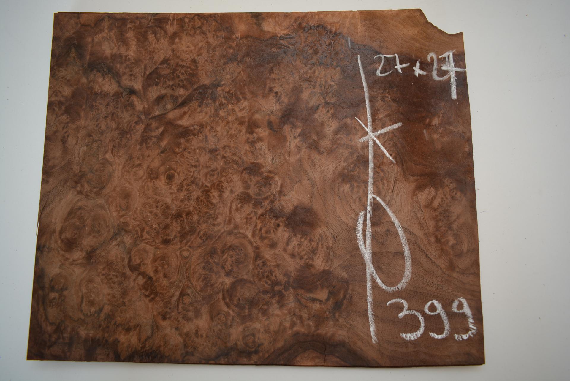 399 placage marqueterie loupe de noyer 1