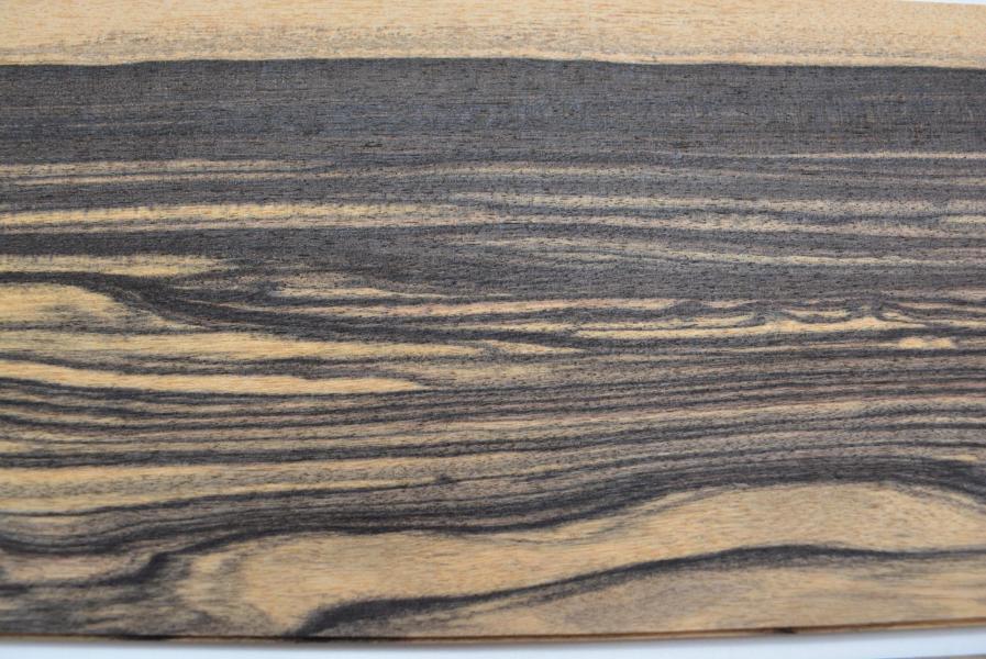 430 feuille de bois ebene blanc pour marqueterie 3