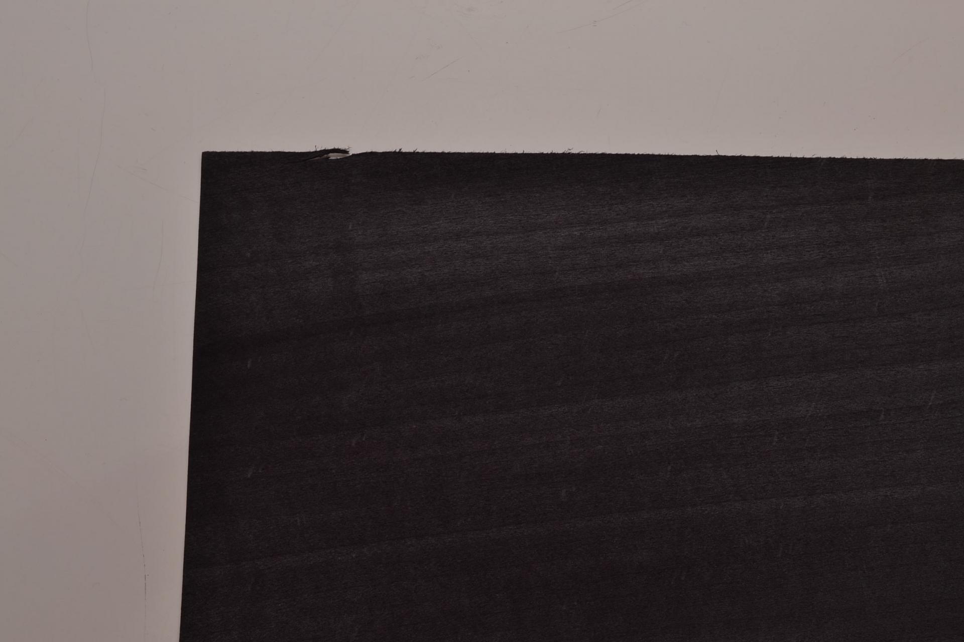 210 placage tilleul tulipier teinté noir